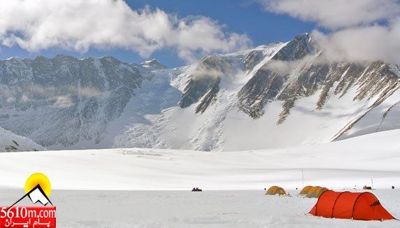 کمپ اصلی کوه وینسون