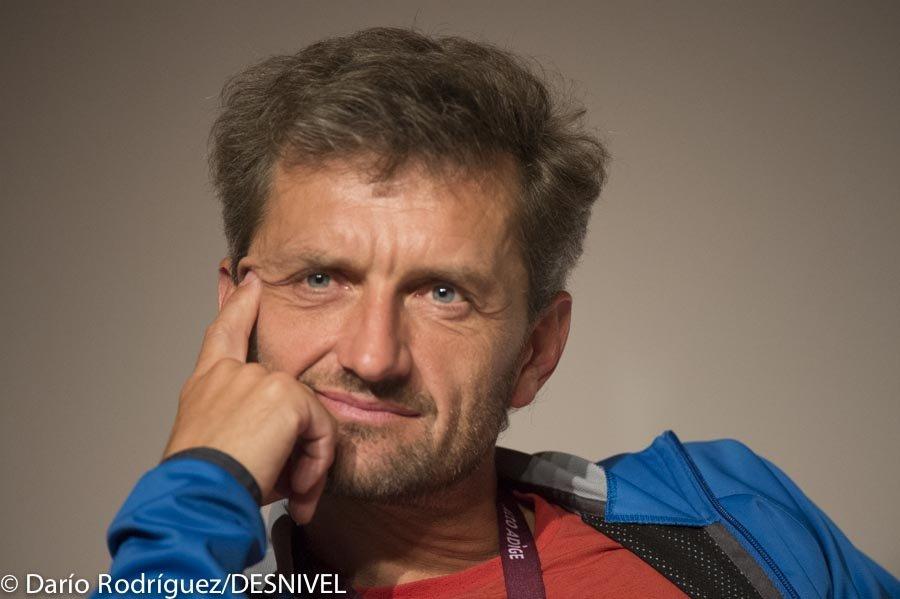 کریستین استانگل ، فاتح سه گانه قله های کوهنوردی در هفت قاره