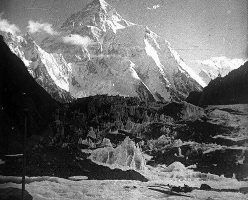 اولین تصویر از کوه k2