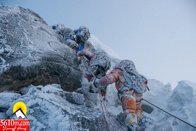 07-rime-ice-on-climbers-summiting-670